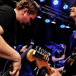bassist und gitarrist von kojak