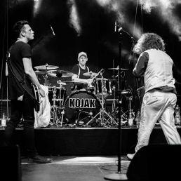Drummer, Gitarrist und Sänger von Kojak